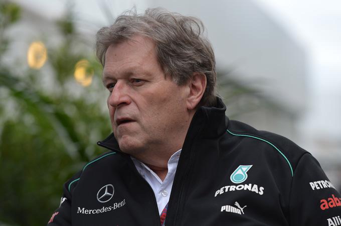 Norbert Haug lascerà la Mercedes alla fine del 2012