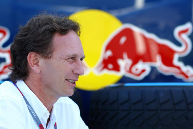 Chris Horner non cede e rimane in Red Bull