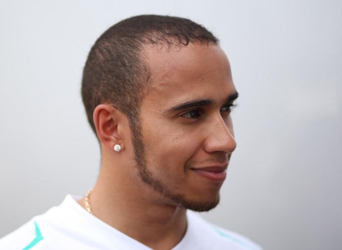 """Hamilton: """"Al momento siamo il secondo miglior team"""""""