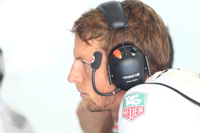 """Button: """"Sorpasso Vettel? Potrebbero esserci problemi in casa Red Bull"""""""