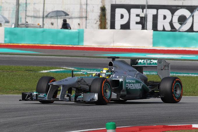 """Mercedes, Rosberg accetta l'ordine: """"Giornata fantastica per il team"""""""