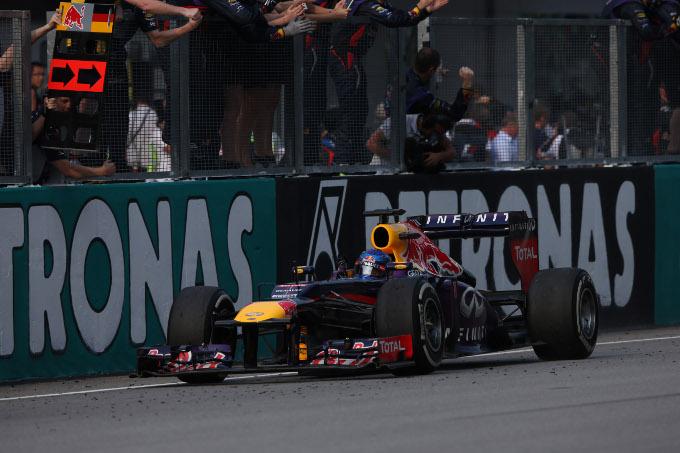 GP Malesia: vittoria per Vettel su Webber. Hamilton terzo