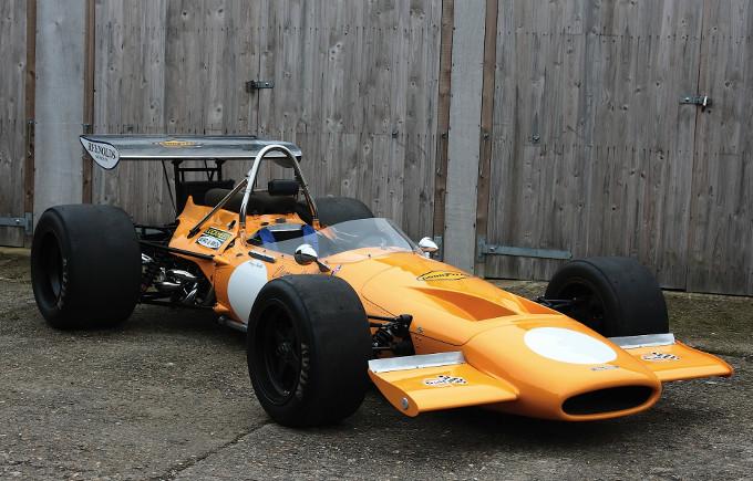 La McLaren potrebbe tornare alla livrea arancio in F1