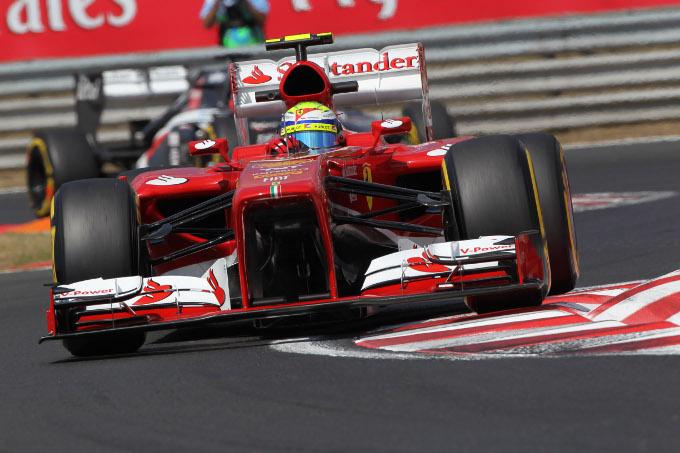 """Massa: """"Ferrari competitiva"""""""