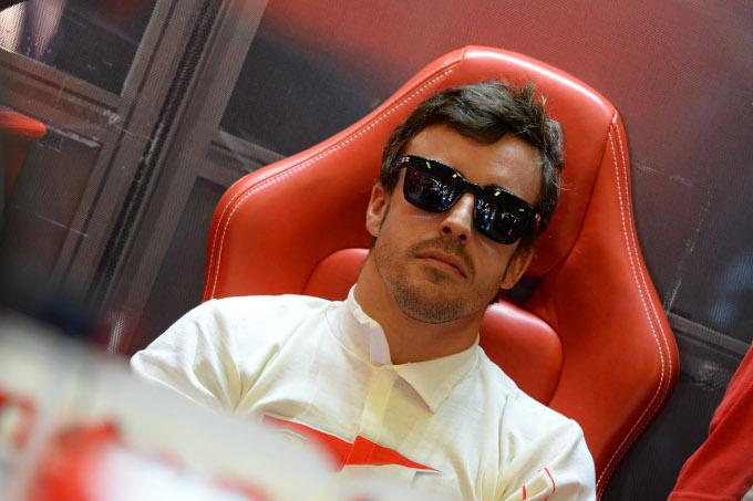 Alonso risponde alle critiche su Twitter