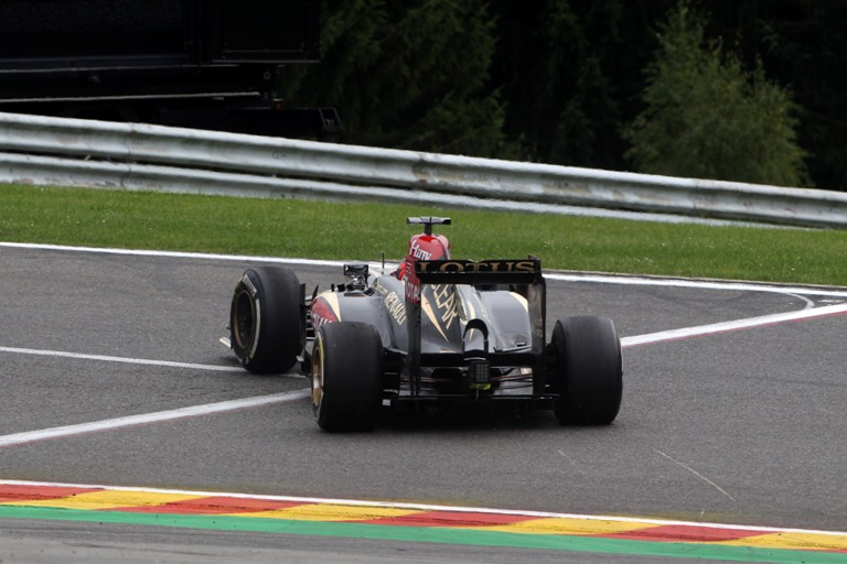 """Lotus, Räikkönen: """"Ci sono giorni senza fortuna, oggi è toccato a me"""""""
