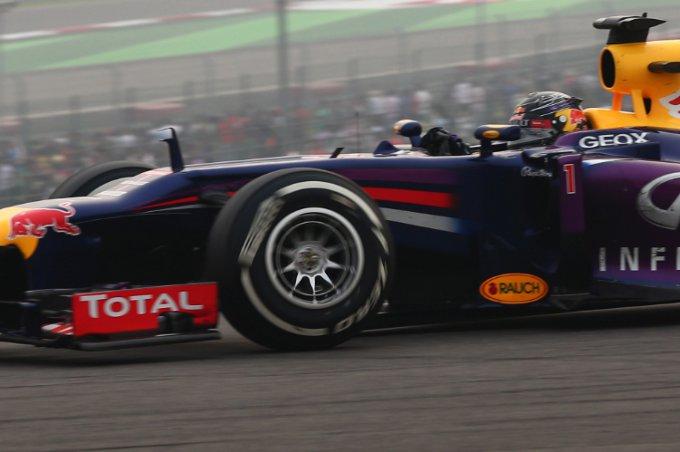 """Pirelli: Hembery, """"Complimenti alla Red Bull per la gestione gomme e nella scelta delle strategie più efficaci"""""""