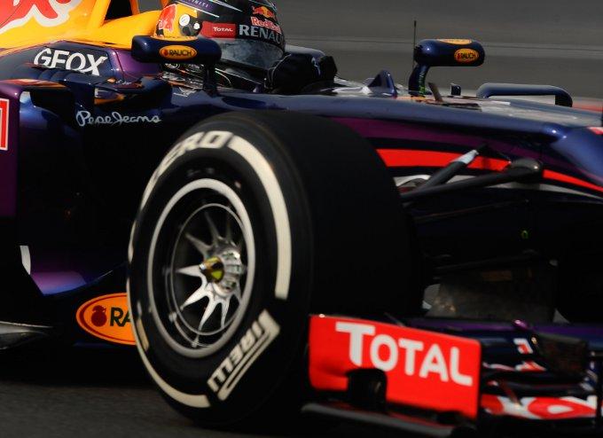 """Pirelli: Hembery, """"Ci aspettiamo 2-3 pit stop qui in India"""""""