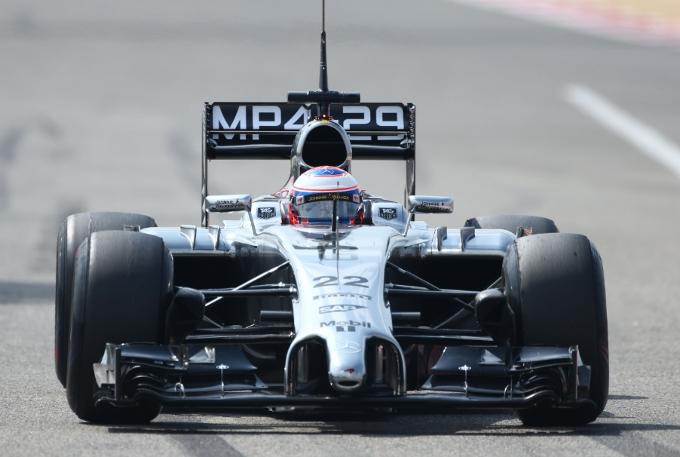 """McLaren: Button, """"Una buona giornata peccato solo per il problema al cambio"""""""