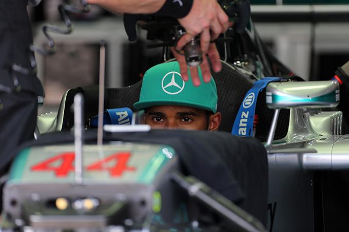 GP Malesia 2014, Prove Libere 1: Hamilton chiude con il miglior tempo