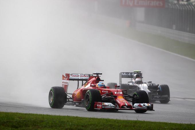 GP Malesia: sotto investigazione Alonso, Kvyat e Bottas