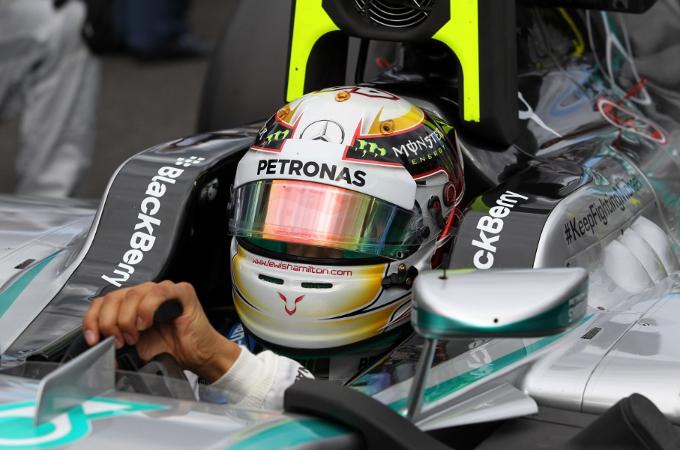 """Hamilton: """"Sapevamo del possibile problema al motore"""""""