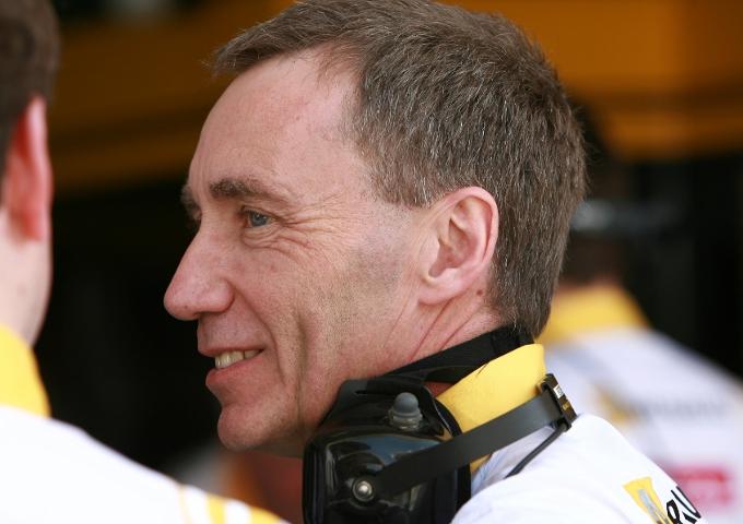 Dimissioni anche in Mercedes: a fine anno lascerà il direttore tecnico Bob Bell