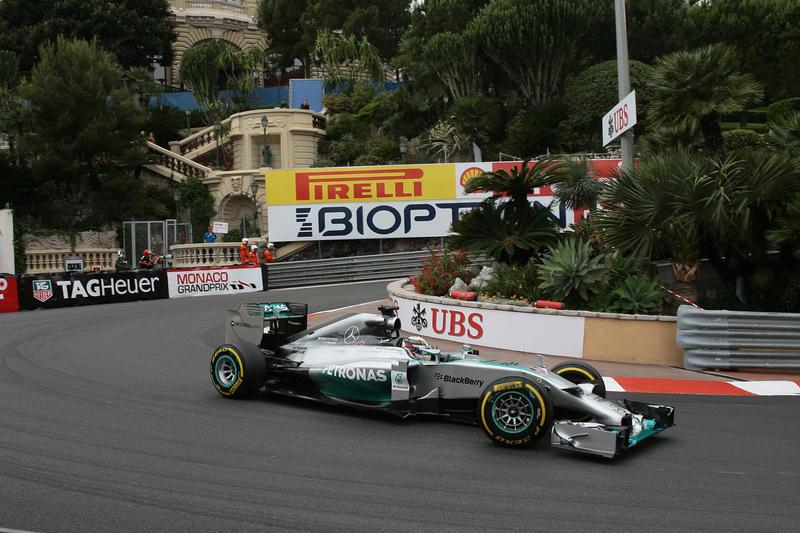 """Hamilton: """"Siamo sempre davanti"""""""