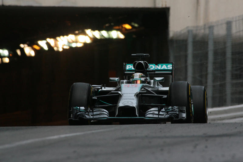 """Hamilton: """"Sono contento per il Team"""""""