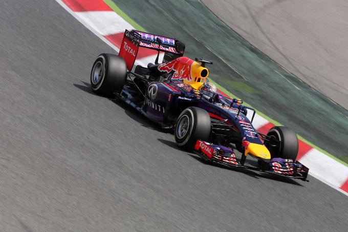 GP Spagna, Vettel penalizzato di cinque posizioni in griglia