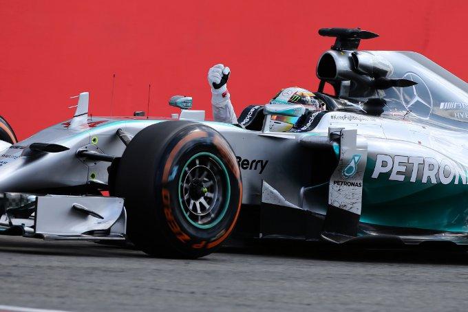 Pirelli: Sette piloti nella Top 10 hanno effettuato un solo pit stop su uno dei circuiti piu' difficili dell'anno per le gomme