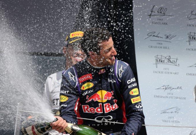 "Ricciardo: ""Un giro in piu' e Button sarebbe arrivato terzo"""