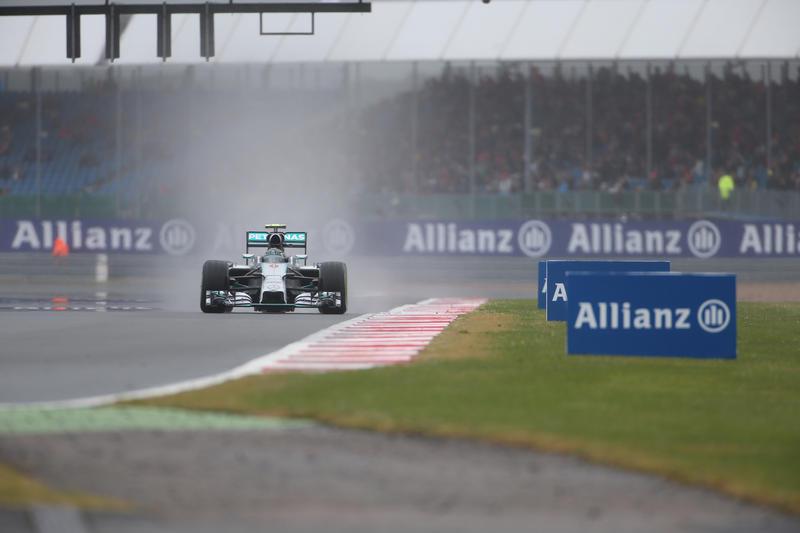 GP Gran Bretagna, Qualifiche: Rosberg rischia e si intasca la pole