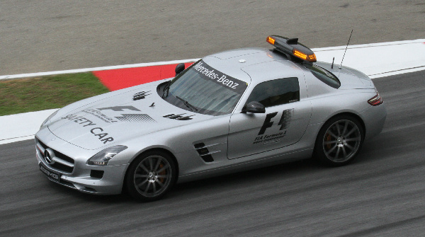 Storia della Safety Car