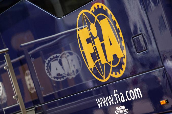 FIA: rivisto il divieto di comunicazioni radio ai piloti di F1