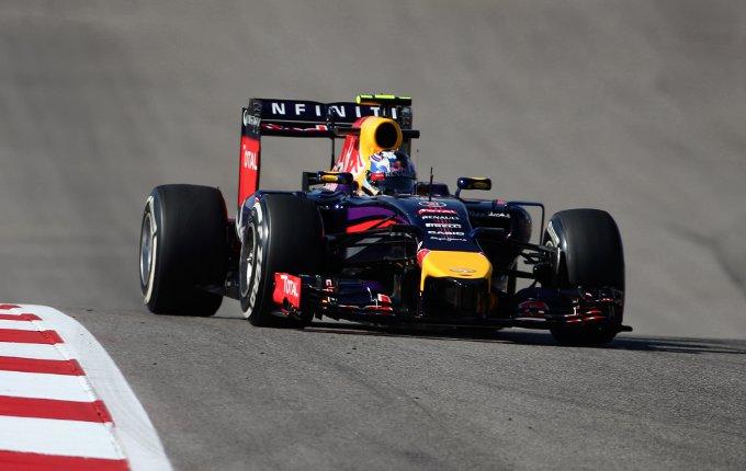 """Red Bull: Ricciardo, """"E' stato difficile oggi a causa del vento"""""""