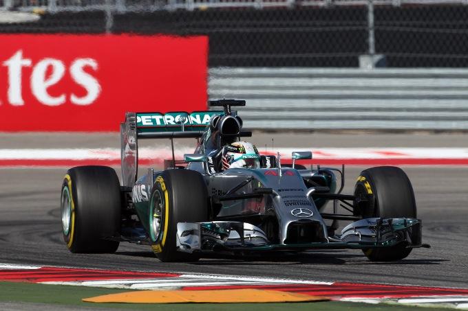"""Hamilton: """"Il problema ai freni potrebbe condizionare anche la gara"""""""