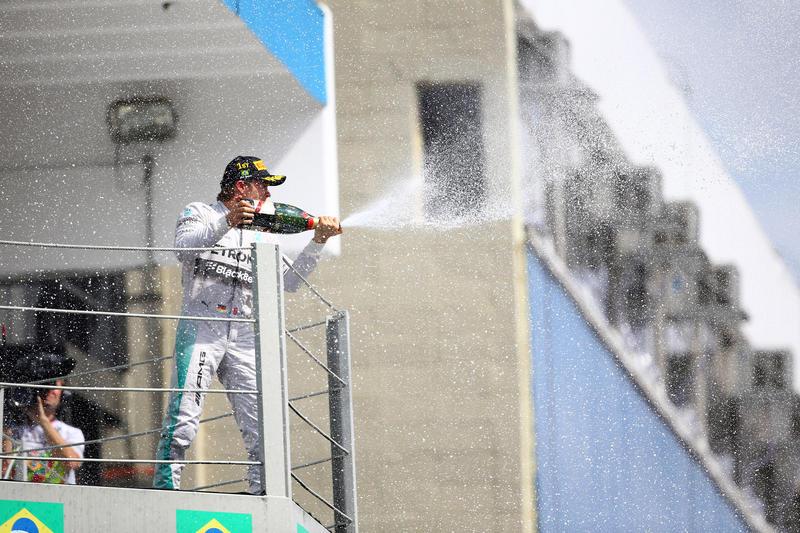 """Rosberg: """"E' stato un weekend favoloso"""""""