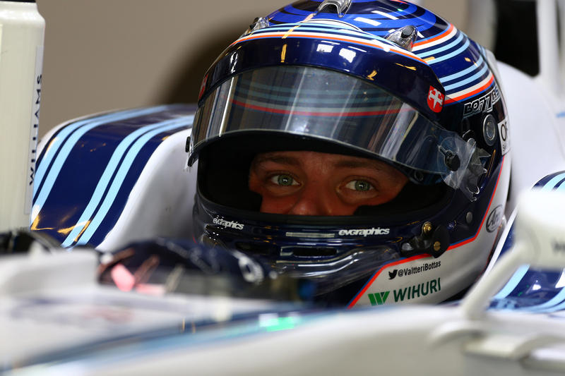 Test F1 Abu Dhabi, giorno 1: Bottas in testa al mattino