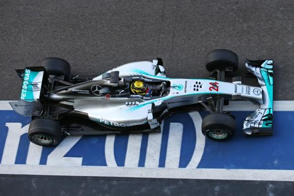 Test F1 Abu Dhabi: Mercedes davanti nella seconda giornata