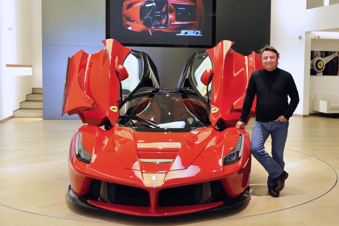 René Arnoux in visita alla Ferrari