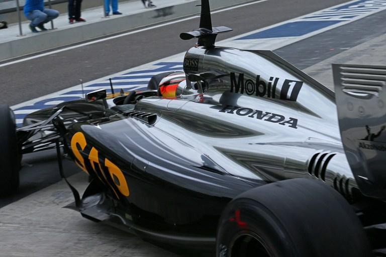 La McLaren rimanda ancora