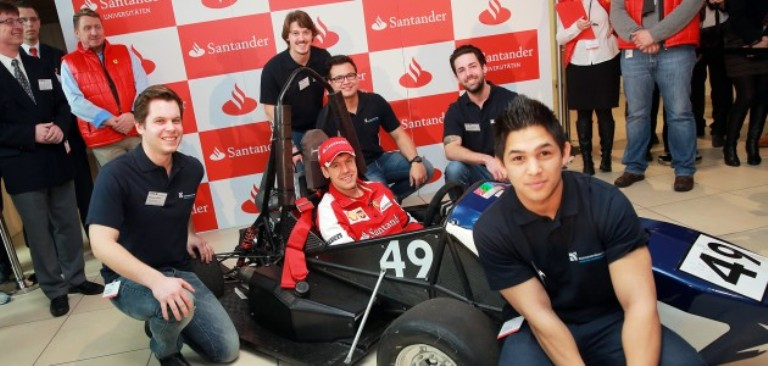 Sebastian Vettel saluta Santander Germania