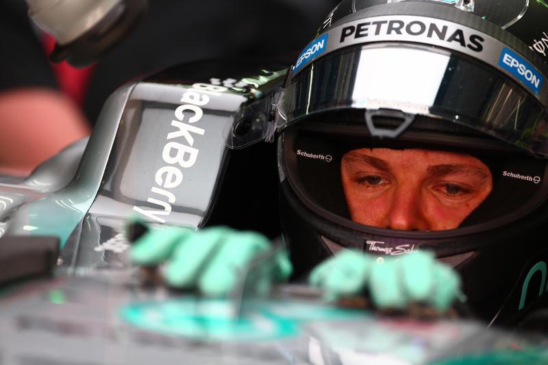 """Rosberg: """"E' stata una giornata difficile per il team"""""""