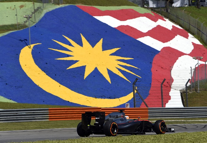 McLaren al GP di Cina con i motori usati a Sepang