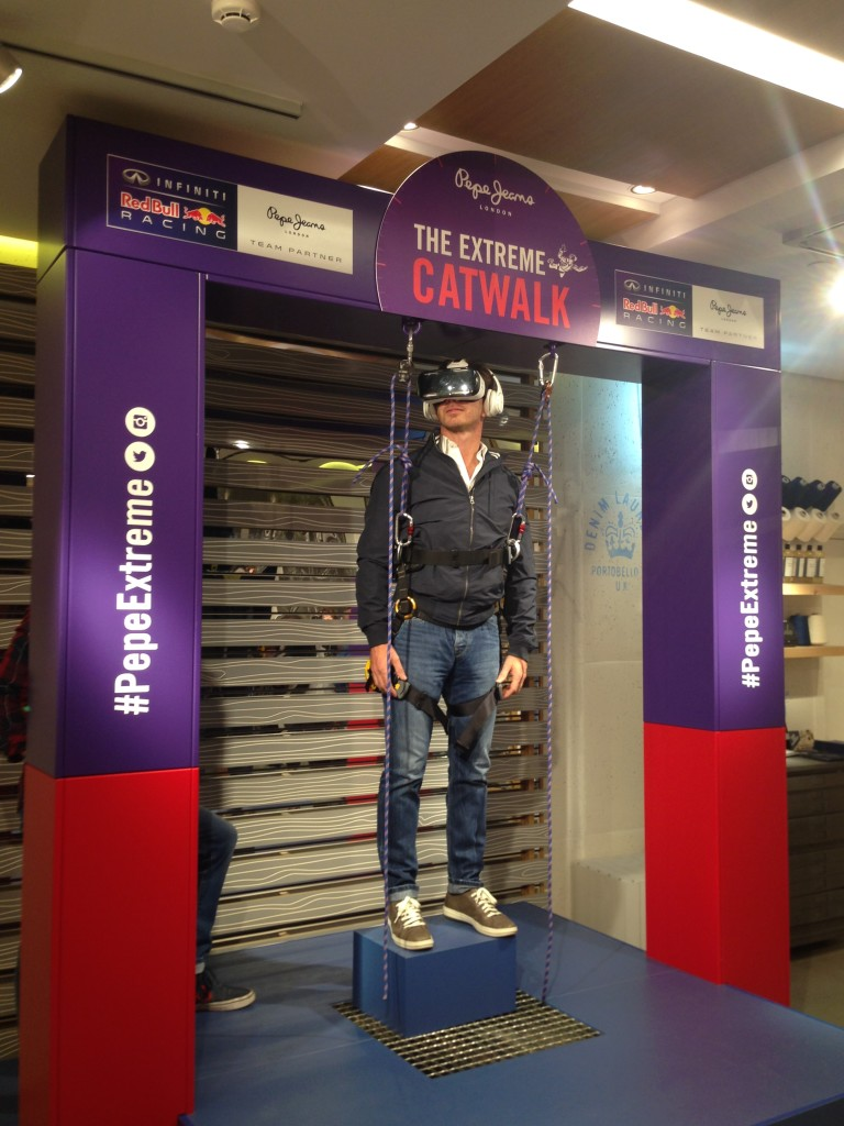 """The Extreme Catwalk: Christian Horner """"vola"""" a Barcellona"""