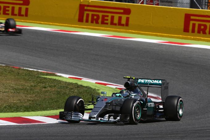 """Paul Hembery, Direttore Motorsport Pirelli: """"La strategia ha dominato il Gran Premio di Spagna"""""""