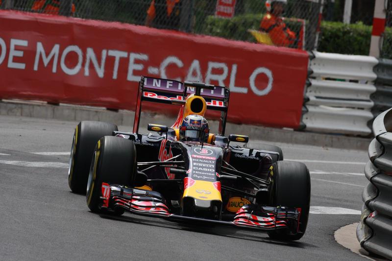 """Red Bull, Ricciardo: """"Avremmo dovuto essere terzi"""""""