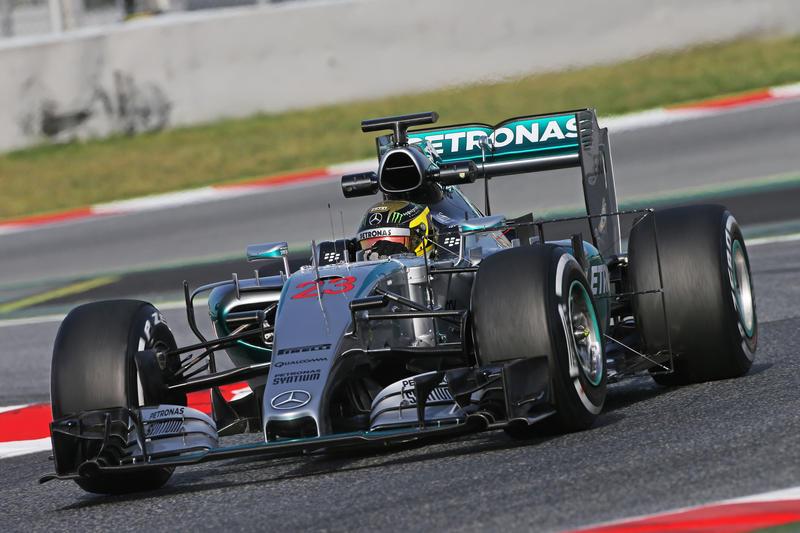 Test F1 Barcellona, giorno 2: Mercedes prosegue in testa al mattino