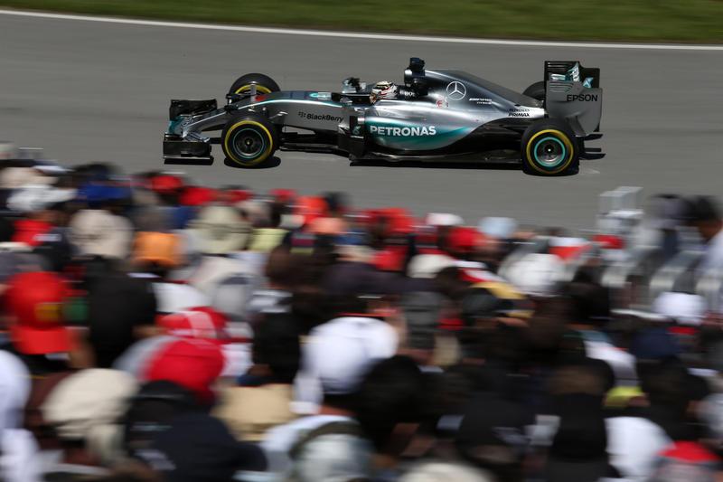 GP Canada: Hamilton torna a farla da padrone