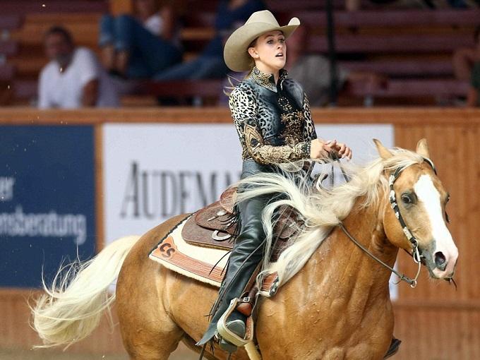La figlia di Schumacher oro nei Campionati Europei di equitazione