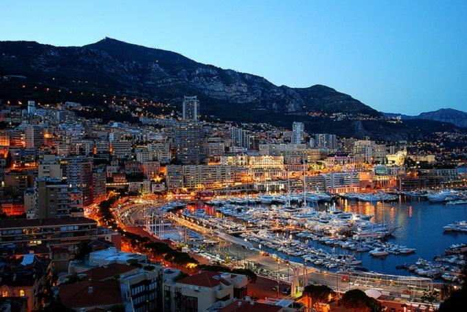 Cambiamenti al layout di Monaco per la costruzione di un'isola artificiale