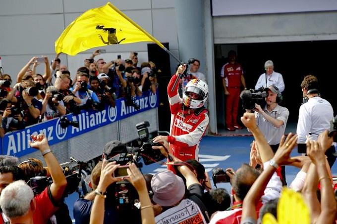 """Hakkinen: """"Attenzione a Vettel, una minaccia per la Mercedes"""""""