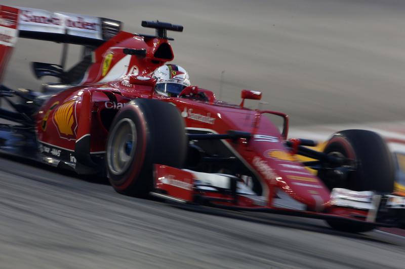 GP Singapore, Qualifiche: Vettel, è pole position!