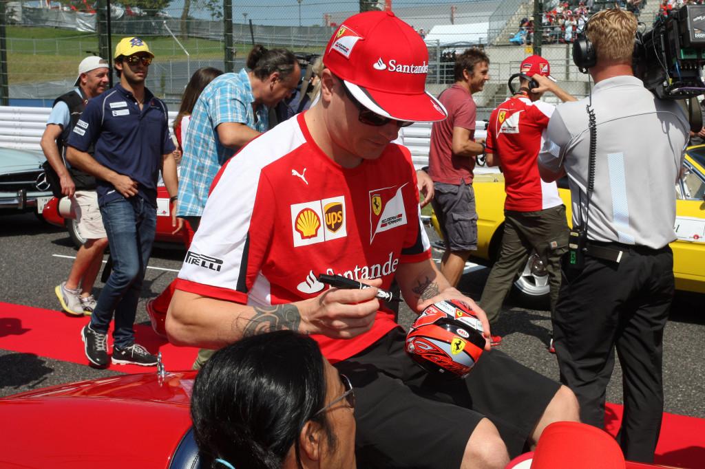 """Ferrari, Raikkonen risponde a Bottas: """"Inutile piangere, siamo qui per correre"""""""