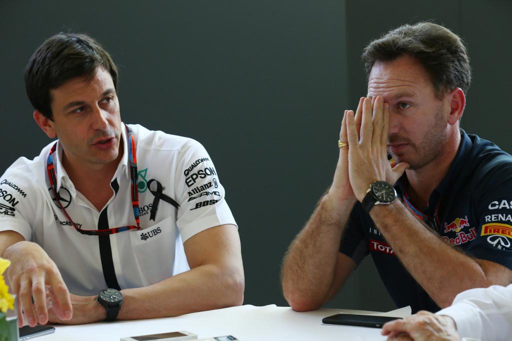 """Horner: """"Il possibile accordo tra Mercedes e Red Bull non dipende da Wolff"""""""