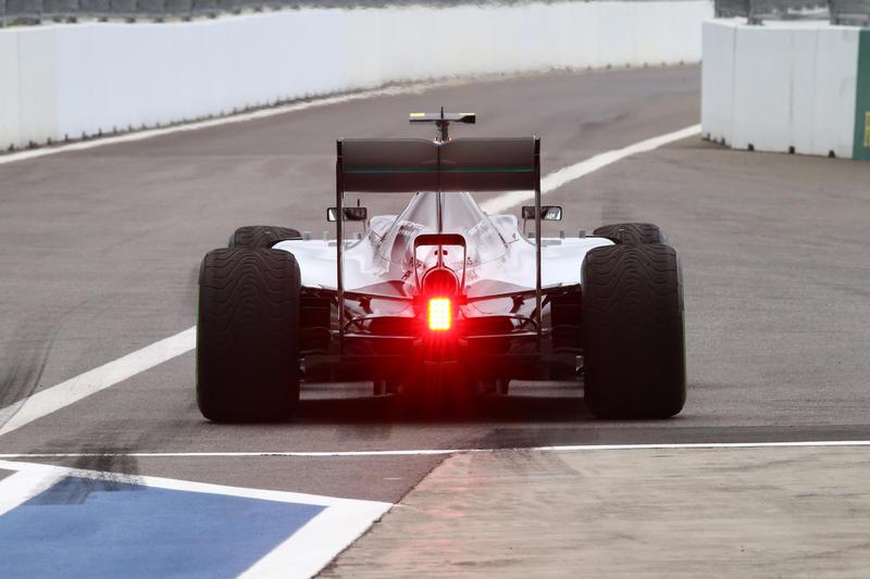 GP Russia, Qualifiche: Rosberg beffa Hamilton e parte in pole