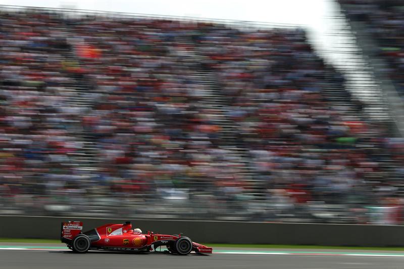 """Ferrari, la carica di Vettel: """"Sul piatto ci sono due potenziali vittorie, proviamoci!"""""""