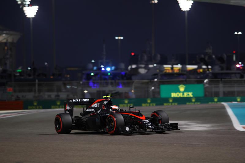 McLaren, Button lotta come un leone (alla pari con gli altri)