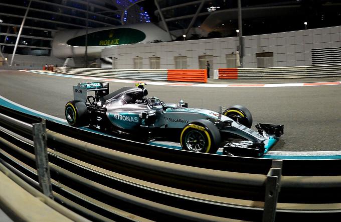 """Pirelli, Hembery: """"i piloti dovranno prestare attenzione soprattutto agli pneumatici posteriori"""""""